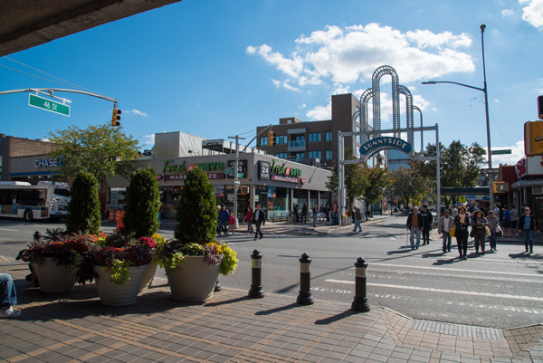 Bliss Plaza and arch queens blvd