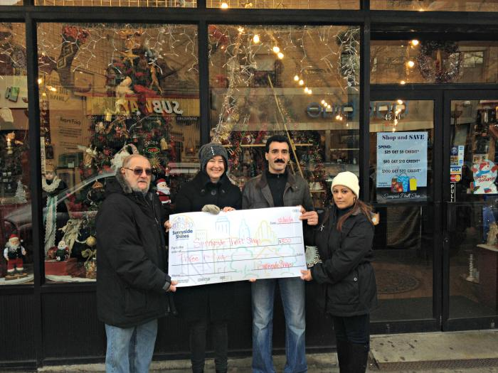 Sunnyside Shines Announces Winners in Holiday Window Contest-12-30-14