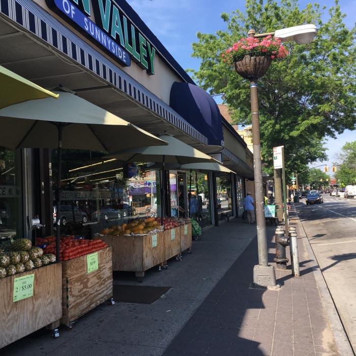 june_basket-supermarket-queens-blvd-4-22-19