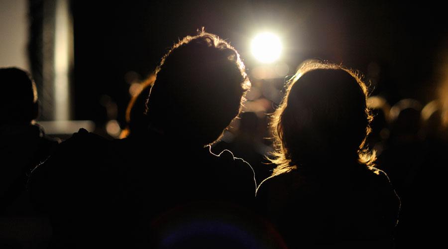 outdoor movie night sunnyside shines