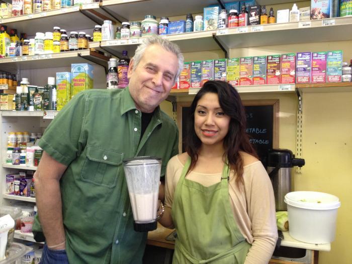 phil valenti and amanda lopez go natural health food juice bar