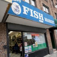Sunny Fish Market